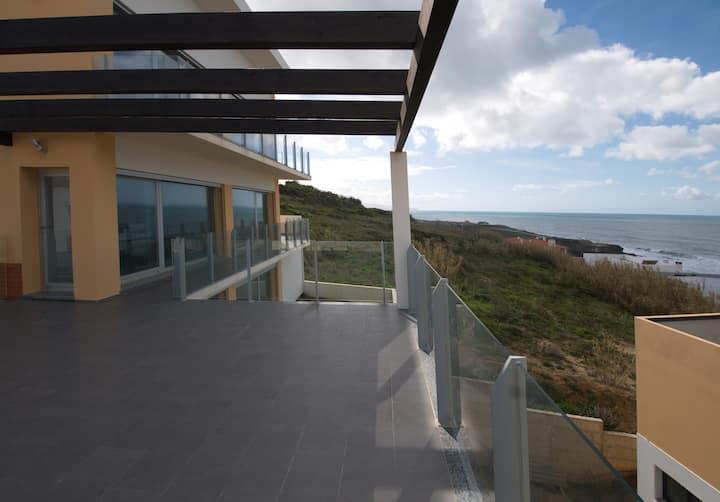Maison face à l'océan, proche Ericeira