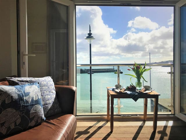 Chy-An-Chy 2, St. Ives harbour apartment