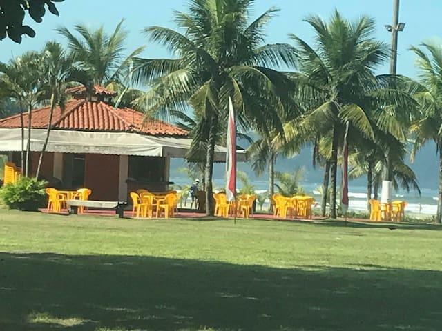 Apartamento inteiro à beira mar em São Vicente, SP