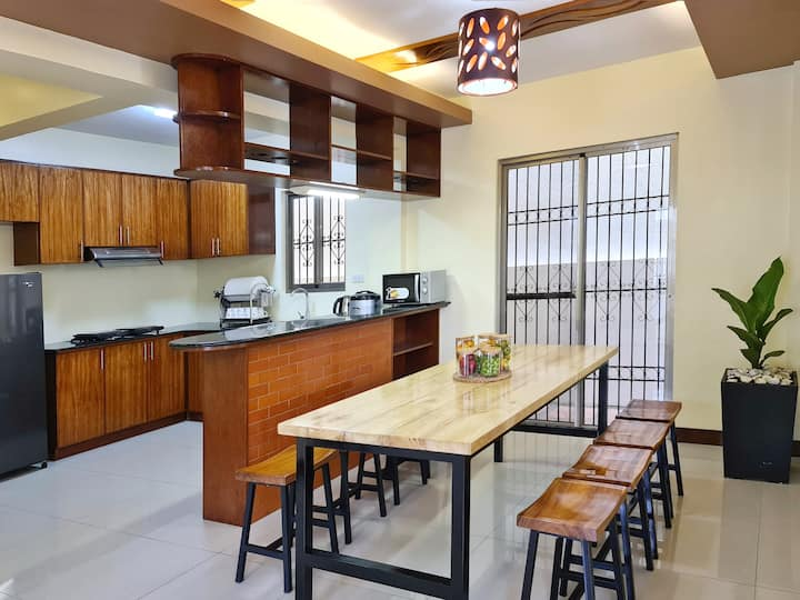 Casa Carmenia Tagaytay