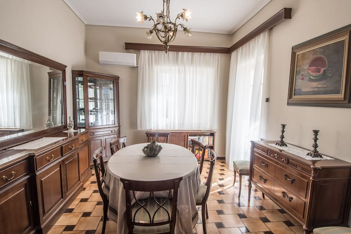 Classy villa - LiveInStyle - Glyfada - Ev