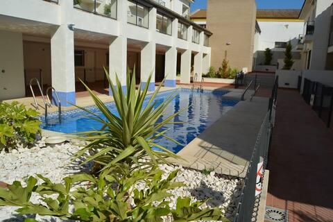 Apto en Sanlúcar de Barrameda con piscina y garaje