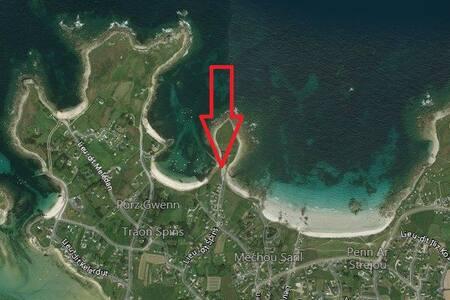 Sable Doré, face mer et accès direct à la plage
