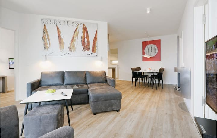 Beautiful home in Lübeck Travemünde with Sauna, WiFi and 2 Bedrooms
