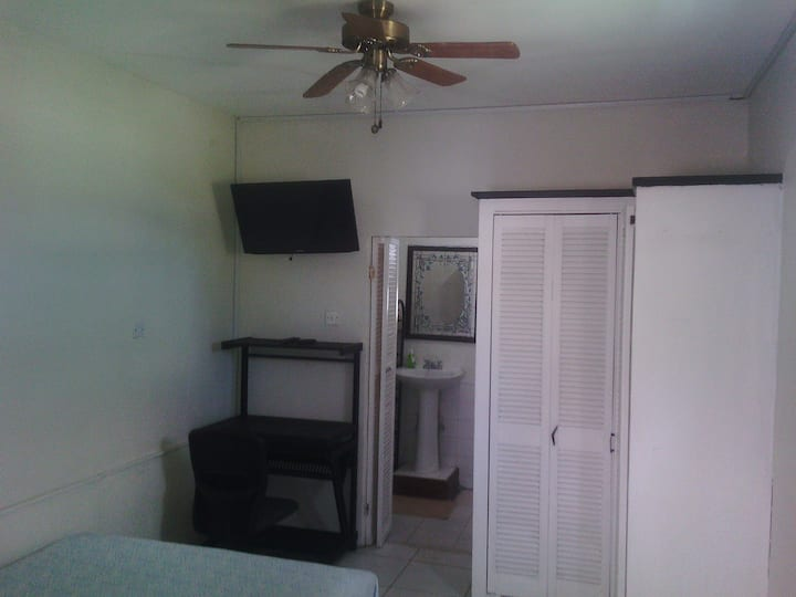 One Bedroom Studio apartment for Students