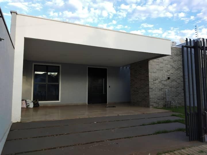 Casa moderna e confortável em Foz do Iguaçu!
