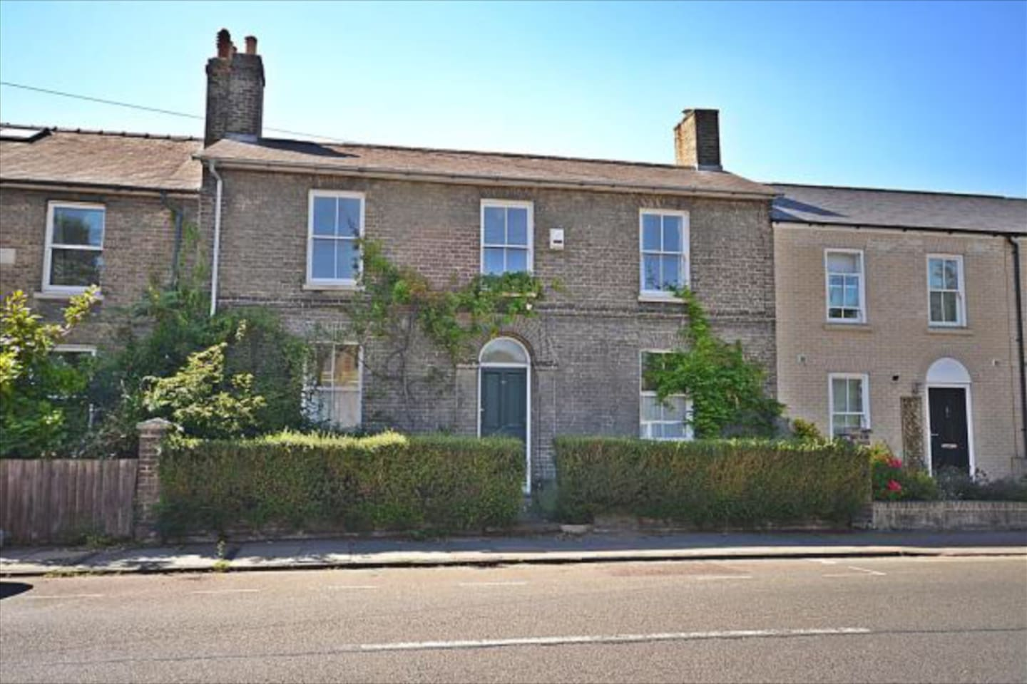 Beautiful double-fronted house built in 1870s with lots of character
