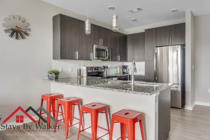 1BR ★ Corporate Housing~Gym~Parking~SmartTV~WiFi