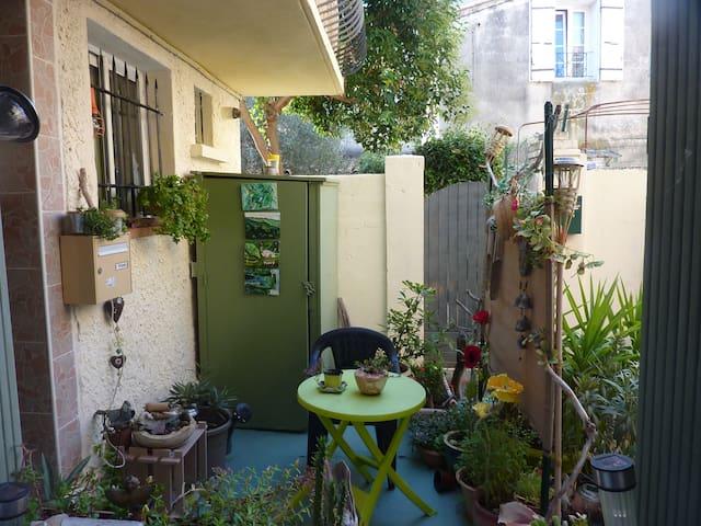 location chambre  au mois de septembre à juin - Monteux - Huis