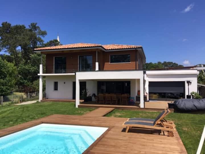 Hossegor - Villa neuve avec piscine