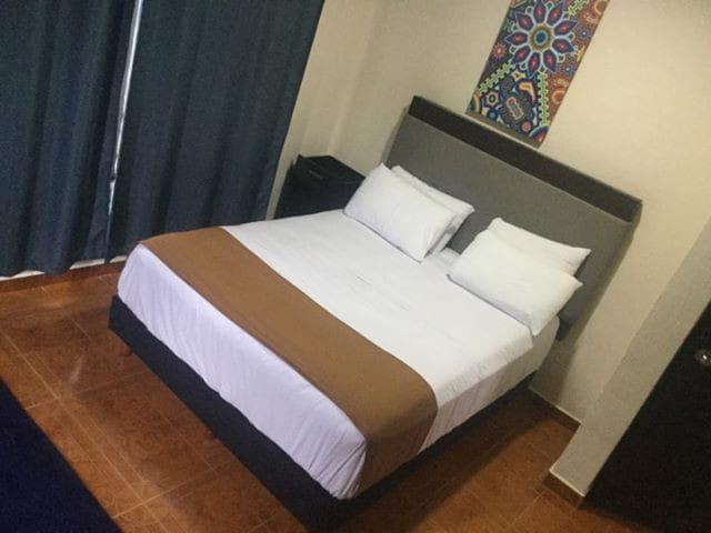 HOTELITO LA MEME (CUARTO MATRIMONIAL).
