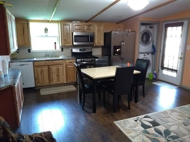 Fully Furnished All utilities Appartment