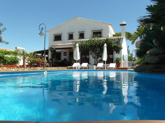 vacaciones en magnifica villa - Chiclana de la Frontera - Villa