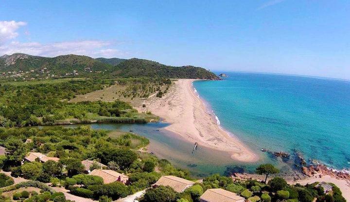 Mini villa à Ste Lucie à 400m de la plage à pied