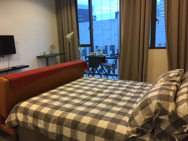 Cozy Studio near The Curve, IKEA, One Utama - Petaling Jaya