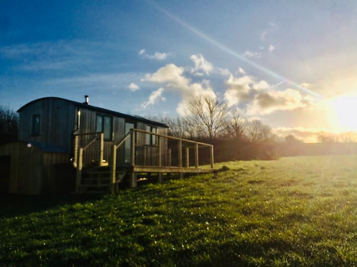 BRAND NEW hand-crafted Shepherds Hut with hot-tub