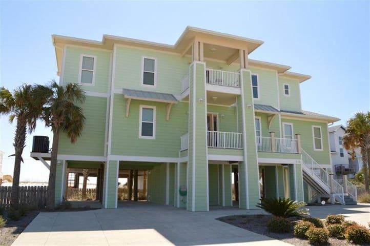 Upscale BeachHouse 100 Yds to Beach - Gulf Breeze - Casa