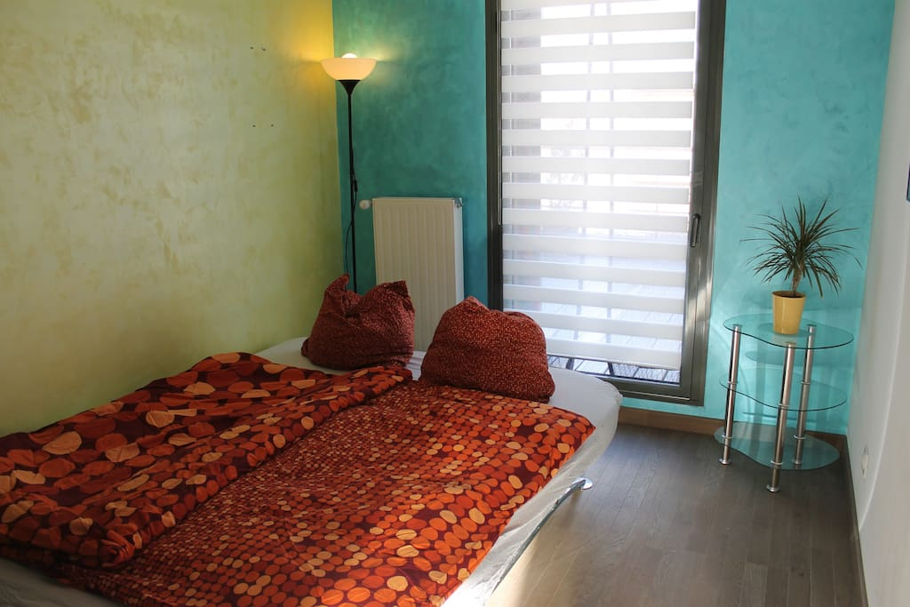 Prívate room with double bed.