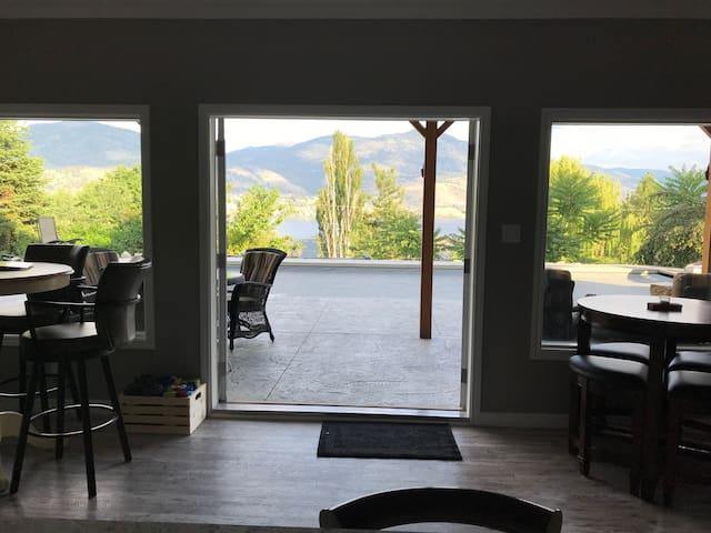 Indoor\outdoor space