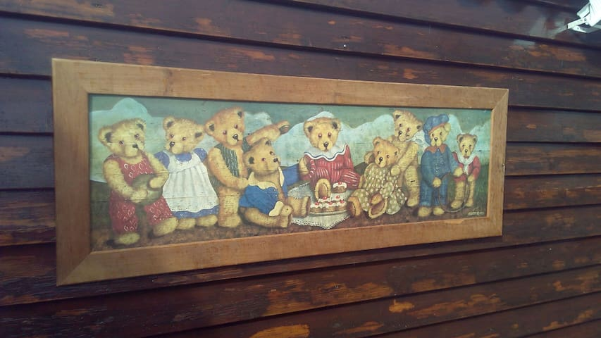 Bears Hideaway Chalet.