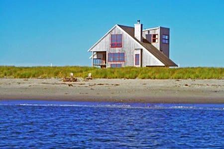 Beach Front Modern - Kingsburg