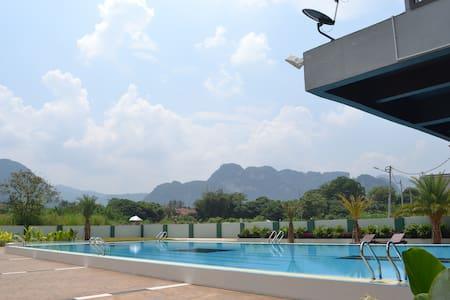 triple storey terrace - Kinta