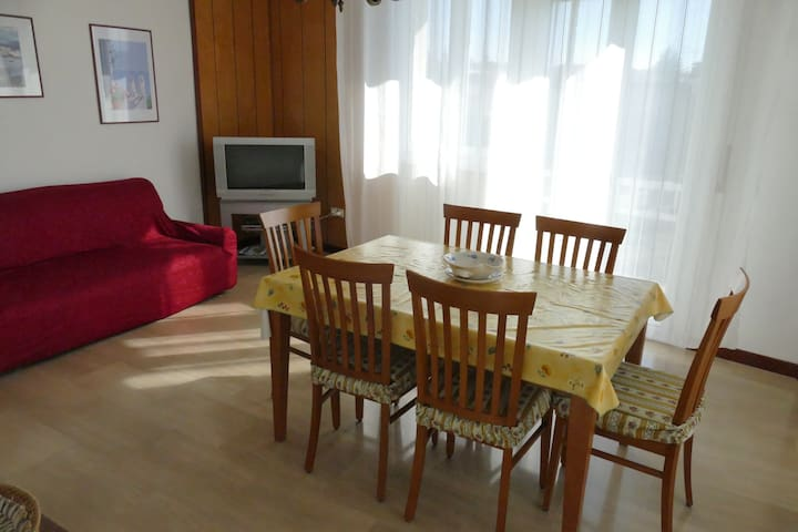 Comodo appartamento vicino al lago