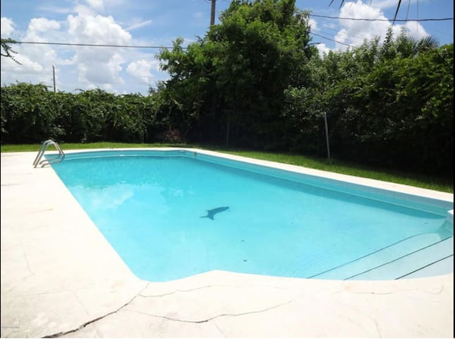 Short Term Rental Avail.  Queen Bed, House w Pool