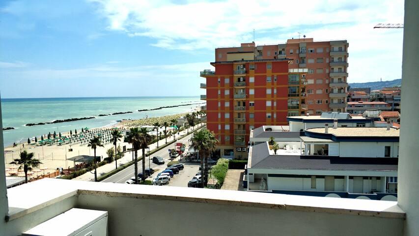 Appartamento Fronte Mare 2