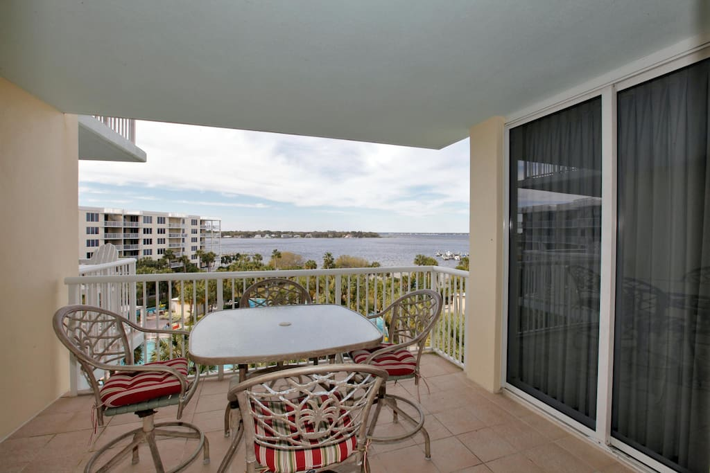 Destin West Sandpiper 604 Condominiums For Rent In