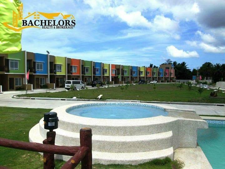 4-Bedroom Townhouse in Panglao Ocean View