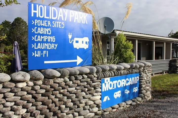 Charleston Holiday Park & Motor Camp