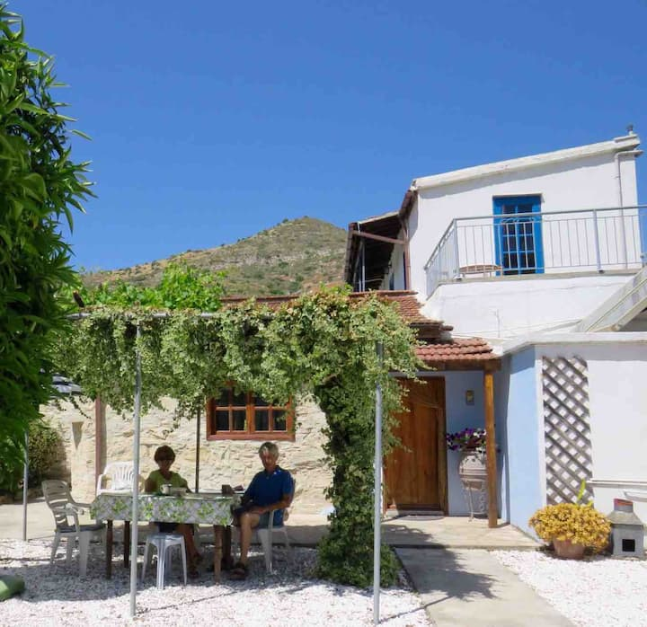 Village house with large mature garden. Kalavasos
