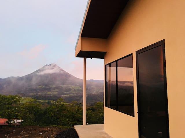 Cabaña arenal view close to the main Hot Springs#2