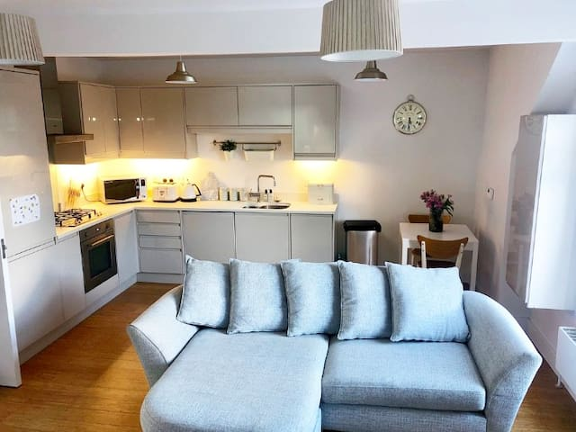 1 bed new build flat StJohn's rd- Tunbridge Wells