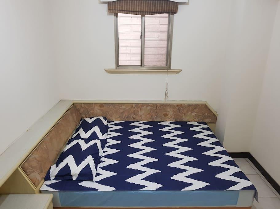 Room B 雅房 B