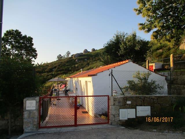 Casas do Penedo Lajão - Casa das Laranjeiras