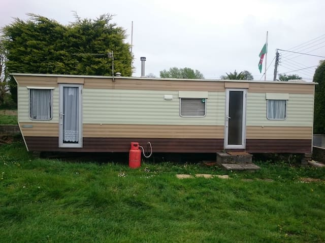 Caravan - ideal for short stays and/or contractors