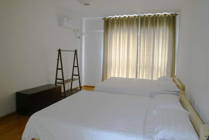 温馨居002(145平米3房2厅舒适大房)