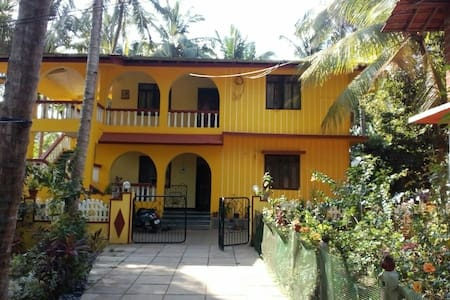 Cosy 2BR Sleep 6 House - Majorda, South Goa - Majorda