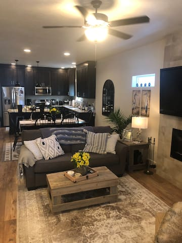 Modern and comfortable home in the heart of Boise!