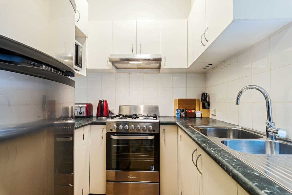 Great Kitchen -with stainless steel appliances