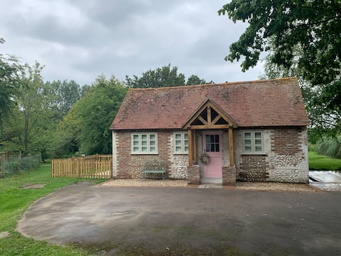 Entire self contained barn in Oving near Goodwood