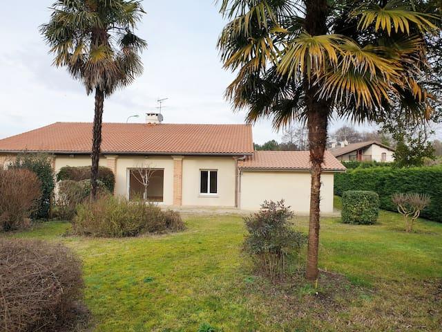 Agréable maison 100m²  avec jardin 400m²