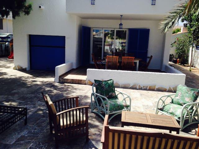 Amplio chalet en Cabo de Palos