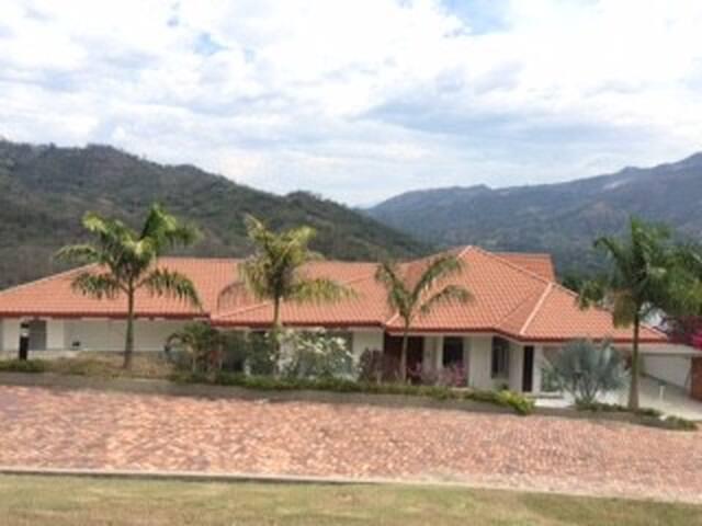 FINCA EN LA VEGA CUNDINAMARCA - La Vega