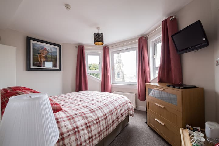 Guest House (Rm2), Stirling City-Centre