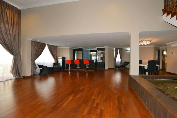 Amazing 3-Storey Penthouse for Homestay in Melaka - Melaka - Ortak mülk