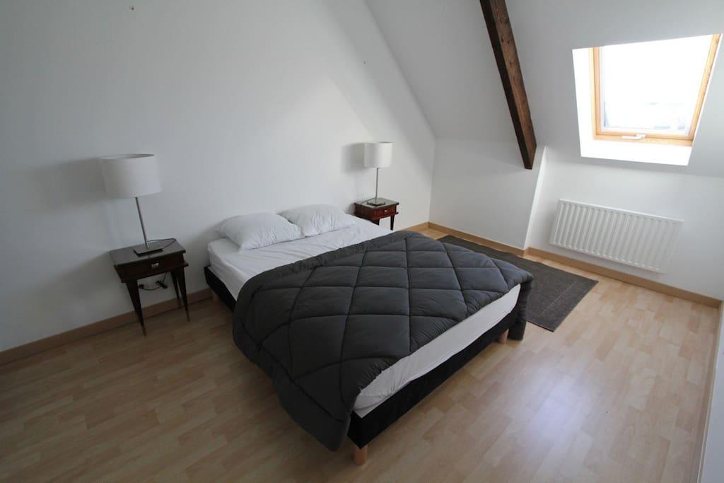chambre avec placard