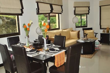 Crosswinds tagaytay 4br house & lot for rent - Chambres d'hôtes